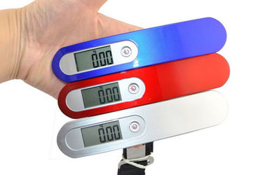 China Mini Size Portable Electronic Luggage Scale Lock Function For Suitcase Weighing supplier