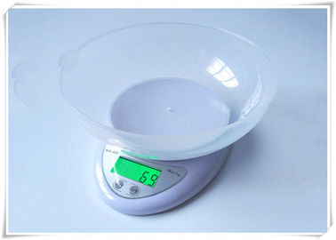 China Green LCD Display Electric Food Scale , 1g Division Digital Cooking Scales supplier